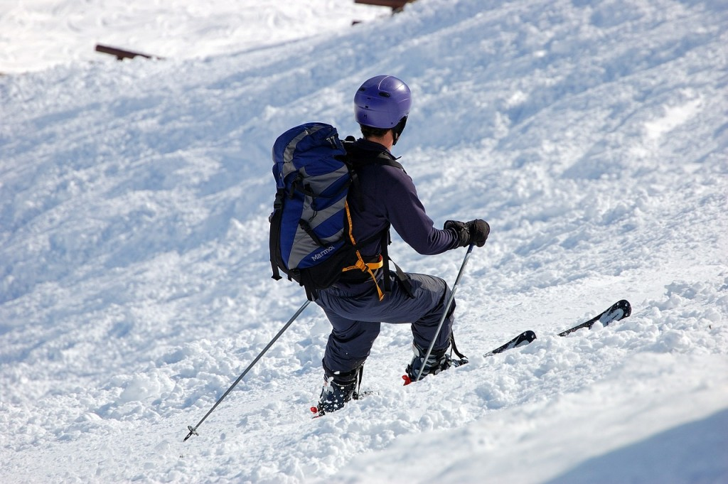 skiers-358262_1280