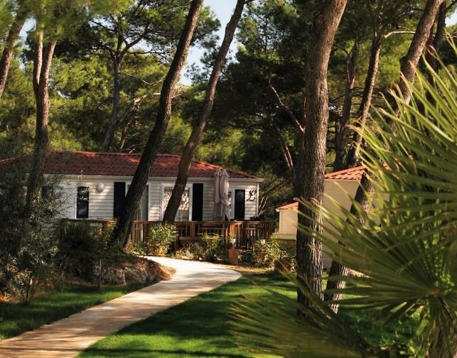 Camping résidentiel La Pinède : un camping au calme dans l'Hérault