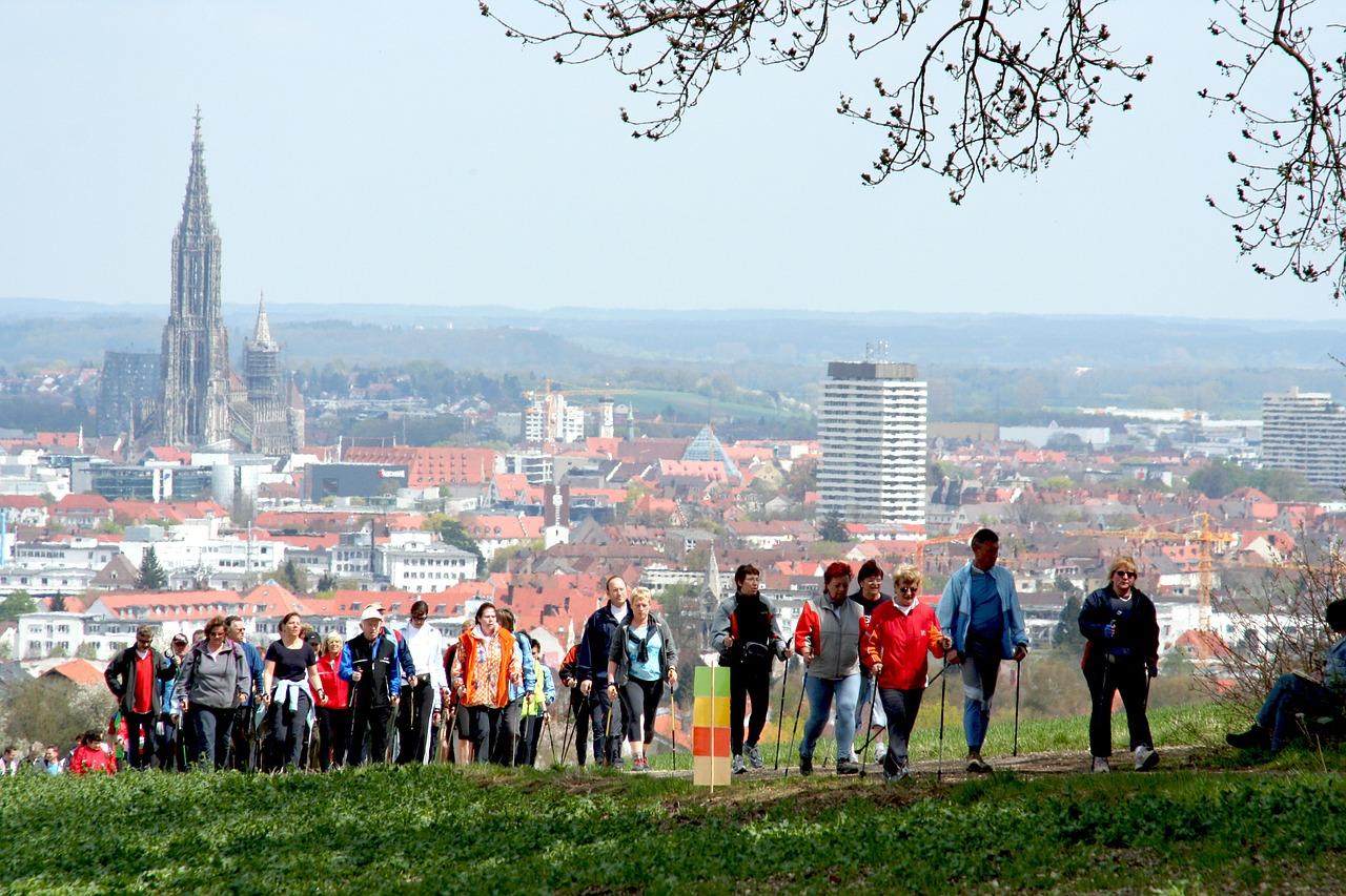 nordic-walking-565542_1280